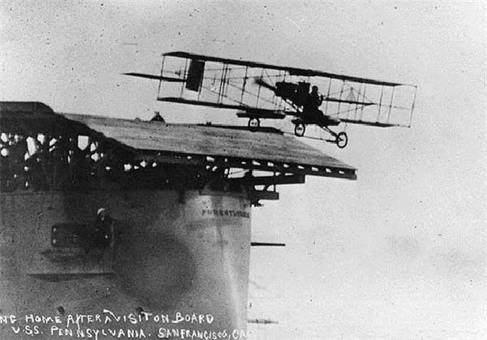image تصاویر دیدنی از یو اس اس بیرمنگام اولین ناو هواپیما بر جهان