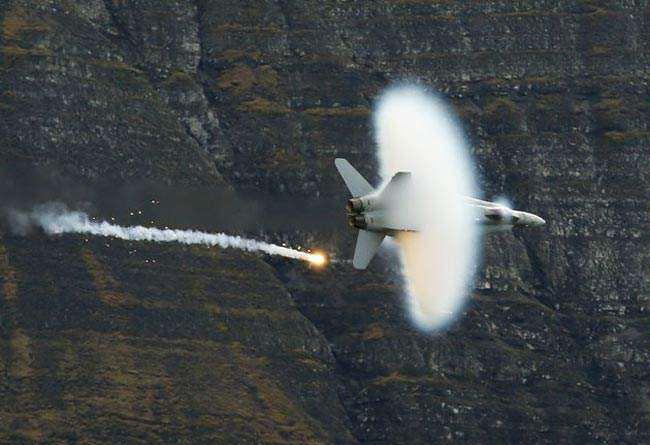 image نمایش هوایی در سوییس
