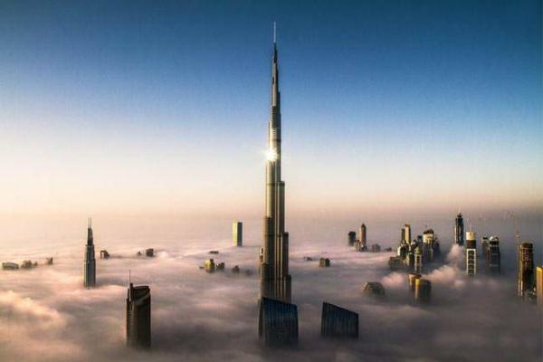 image مه در شهر دبی