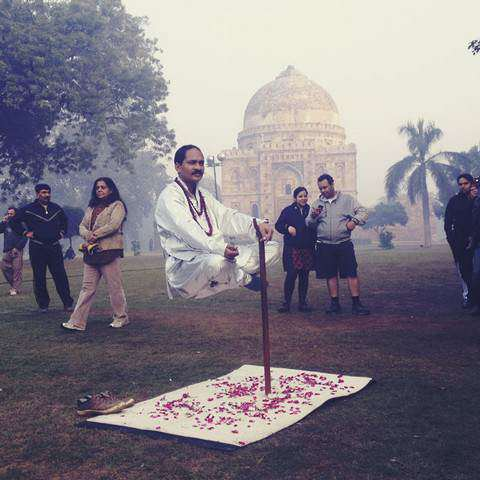image دیپاک شارما مرد هندی مدعی هنرهای جادوگری دهلی نو