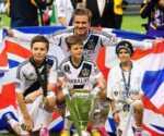 عکس, عکس یادگاری دیوید بکهام با پسرانش در زمین فوتبال