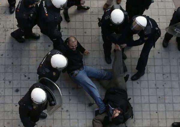 image اعتراضات کارگران اسپانیایی به اخراج از کار مادرید