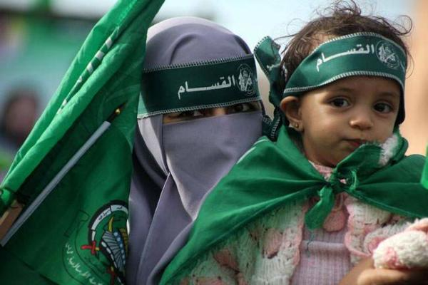 image برگزاری جشن بیست و پنجمین سالگرد تاسیس حماس در غزه