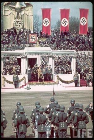 image, یک مجموعه کامل تصویری از هیتلر