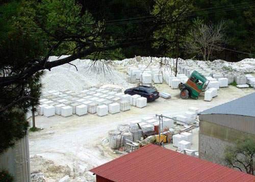 image چرا همیشه سنگ فرش مسجد الحرام سرد و یخ است
