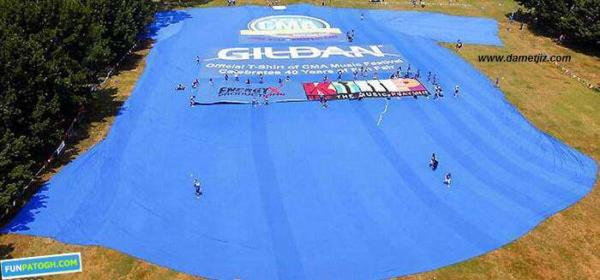 image عکس بزرگترین لباس در جهان ثبت شده درگینس