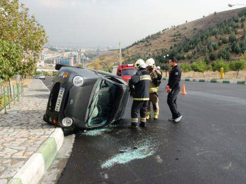 image تصادف وحشتناک خودوری ام وی ام در درکه تهران