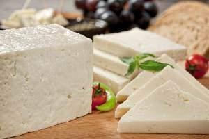 image پنیر بخورید تا دندان های شما نپوسد