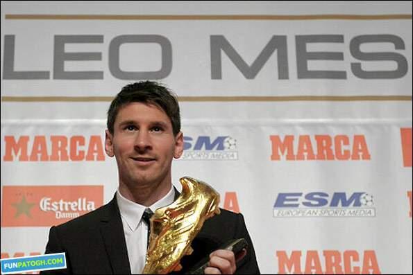 image عکس لیونل مسی با کفش طلائی ۵۰ گل برتر