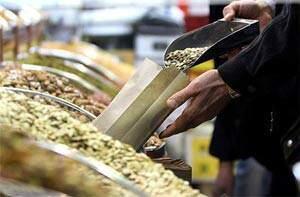image توصیه های بهداشتی تغذیه ای برای حفظ سلامتی در شب یلدا