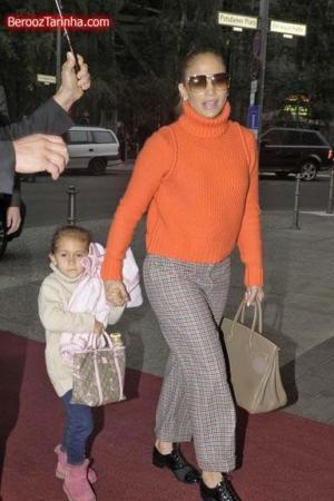 image گزارش تصویری خرید رفتن جنیفر لوپز همراه با خانواده