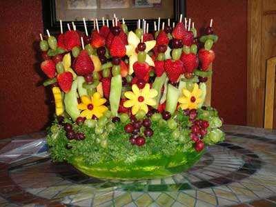 image مدل های جدید تزیین میوه برای مهمانی های بچه ها