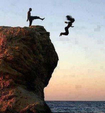 image همیشه سعی کنید مشکلاتتون رو به دریا بسپارید
