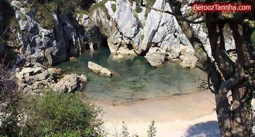 image جالب ترین ساحل جهان در شمال کشور اسپانیا میان کوه و تپه