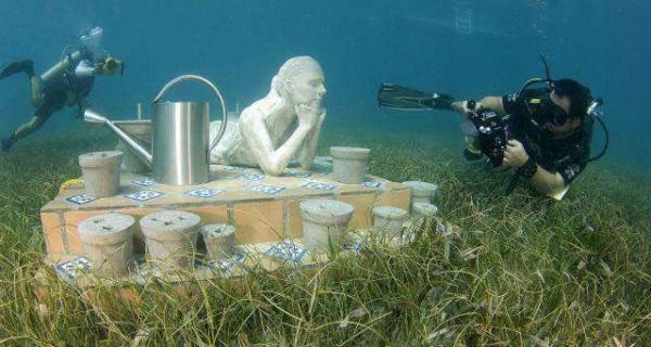 image عکس های دیدنی از موزه مکزیکی  زیر آب دریا
