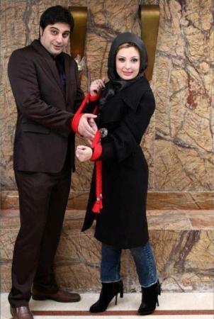 image دانلود برنامه ویتامین ۳ با حضور نیوشا ضیغمی و شوهرش