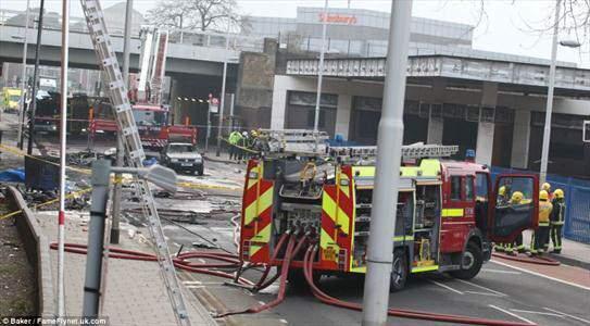 image دانلود فیلم سقوط هلیکوپتر در لندن