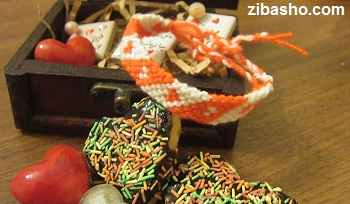 image بافت دستبند دوستی مناسب برای تقدیم به عزیزان و دوستان