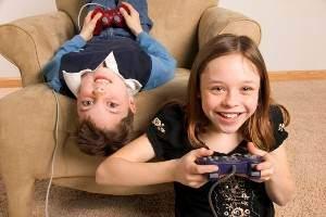 image آسیب های بازی های کامپیوتری بر روی کودکان