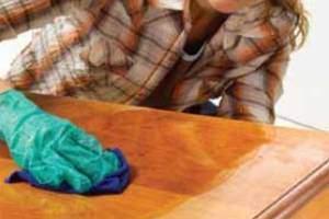 image چطور از مبل ها و تخت های چوبی درست مراقبت کنیم