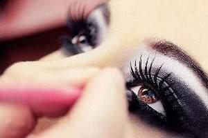 image چطور چشم های زیبا و شاداب داشته باشیم