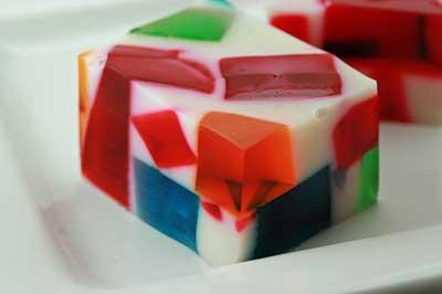 image تزیین ژله رنگی به شکل خرده شیشه