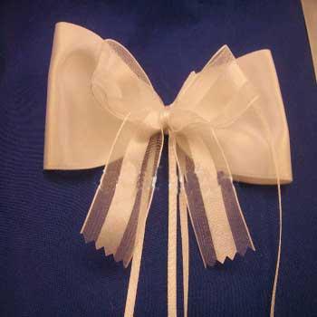 image آموزش مدل های زیبای تزیین چاقو کیک برای عروسی و جشن تولد