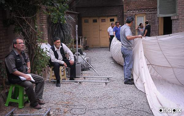 image چند عکس دیدنی از پشت صحنه سریال مرد ناتمام
