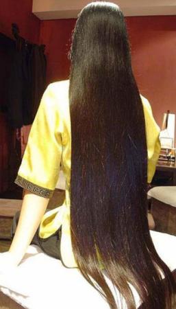 image عکس آدم های که بلندترین موهای دنیا را دارند