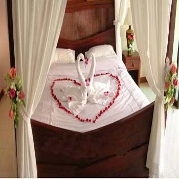 image آموزش تصویری تزینن اتاق خواب برای عروس و داماد