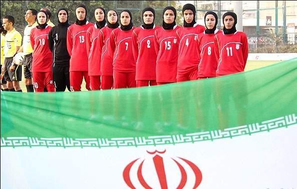 image گزارش تصویری از تمرین فوتبالیست های زن امارت در ایران