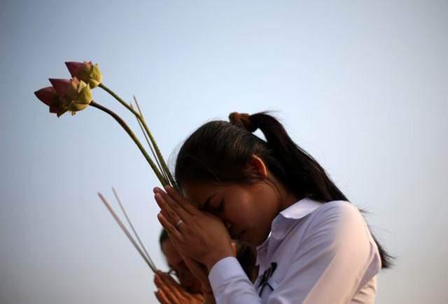 image مراسم تشییع نوردون سیهانوک پادشاه فقید کامبوج