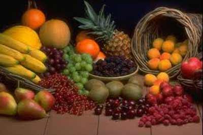 image زمان خرید و پخش میوه های شب عید  در بازار