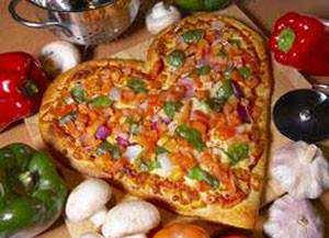 image آموزش پختن پیتزا شکل قلب