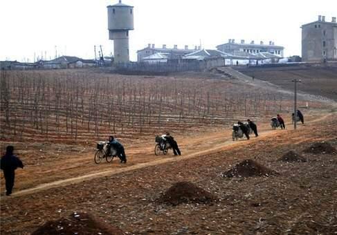 image عکس های دیدنی از زندگی مردم در کره شمالی