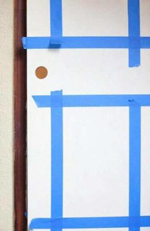 image, آموزش تصویری رنگ و براق کردن درهای چوبی در خانه