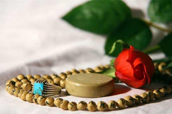 image متن کامل یک انشا درباره نماز