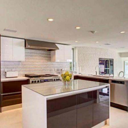 image عکس ها و مدل های جدید کابینت های هایگلاس برای آشپزخانه