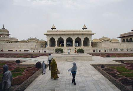 image, گزارش تصویری زیبا از قلعه آگره هند