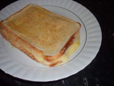 image بهترین عصرانه برای بچه ها نان تست برنجی