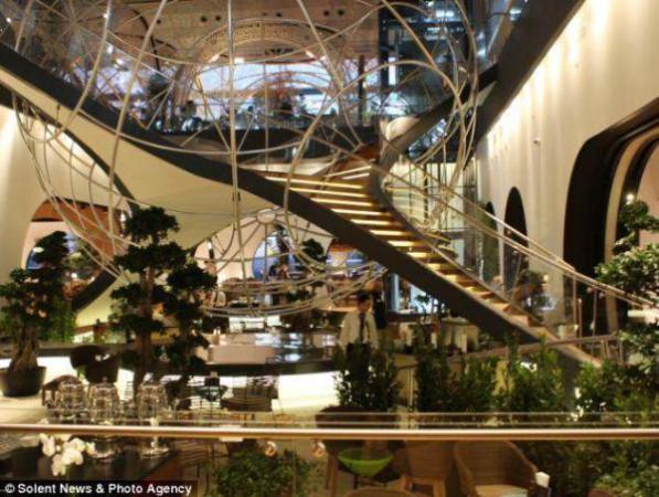 image ایده های جالب طراحی و معماری سالن انتظار فرودگاه