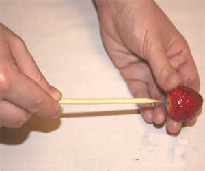image, ساخت سبد گل میوه برای عصرانه تابستانی