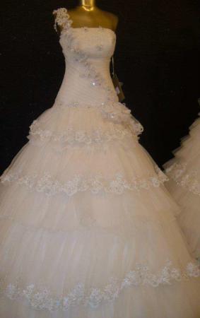 image لباس عروس های زیبای ایرانی برای خوش سلیقه ها