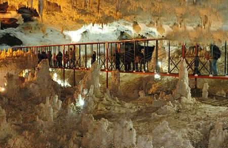 image گزارش تصویری از دیدنی ترین غارهای ایرانی