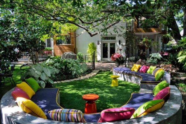 image ایده ساخت یک باغ زیبا در حیاط خانه