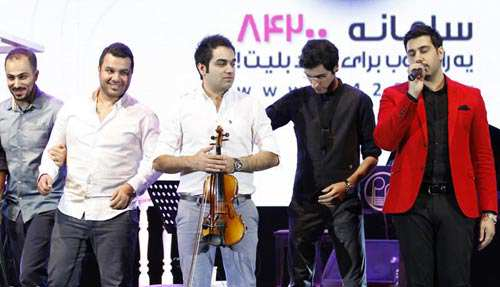 image عکس آدم های معروف در کنار احسان خواجه امیری