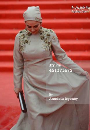 image لباس زیبای بانو آناهیتا نعمتی جشنواره مسکو