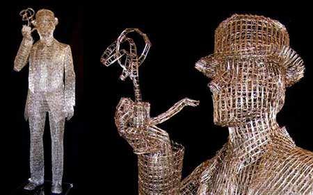 image سازه ساخته شده با ۹۰۰۰۰ گیره کاغذ ایتالیا