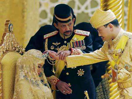 image ازدواج پسر سلطان حسنال ثروتمندترین مرد جهان