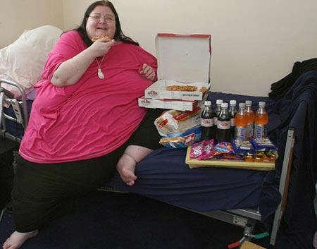 image, عکس و داستان زندگی زن ۲۵۴ کیلویی انگلیسی
